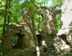 Tajemství rozsáhlé zříceniny hradu Blansek. Nachází se zde skutečně brána do jiné dimenze?